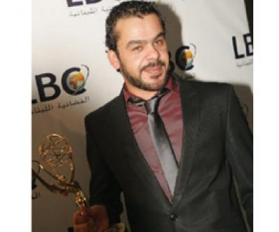 صور الممثل الآردني منذر ريحـآنه
