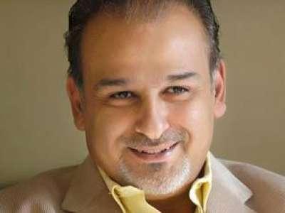 جمال سليمان يتراجع ويؤيد الثورة السورية 9998295197