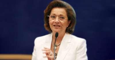 حبس سوزان مبارك 15 يوماً وترحيلها إلى سجن القناطر