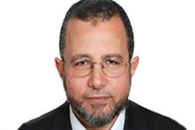 """أول وزير ملتحٍ بالحكومة المصرية يُثير جدلا بـ""""يوتيوب"""""""