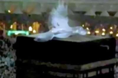 فيديو ظهور الملائكة الكعبة بالحرم