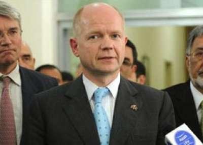 وزير الخارجية البريطاني يحذر من الصراع على السلطة داخل