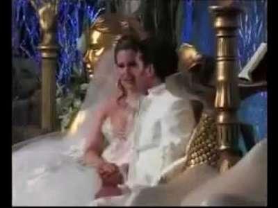 فيديو .. حفل زفاف عائشة القذافي