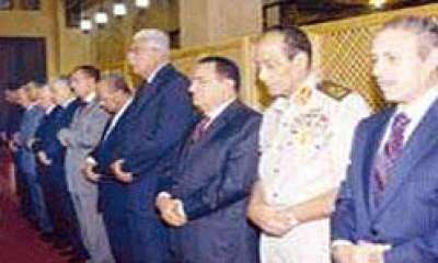 اللواء شفيق البنا : مبارك كان سكيرا لا يقرب الصلاة ولايطيق سماع تلاوة القران