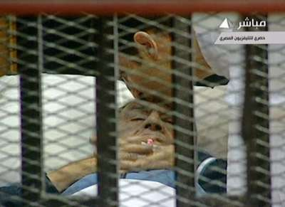 الرئيس السابق: مبارك خائن وسارق