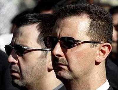 مسؤول بالمجلس الوطني: إذا رحل الأسد الآن فهو يحمي نفسه من سيناريو القذافي..ودولتان أوروبيتان وأخرى عربية تتحرك للإطاحة به