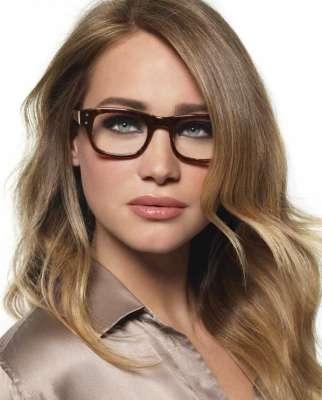 مكياج العيون النظارات الطبيه