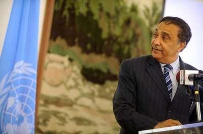 """صحيفة """"ليكسبريس"""" الفرنسية تنشر ملف الفساد والإختلاس للوزير الجزائري شريف رحماني"""