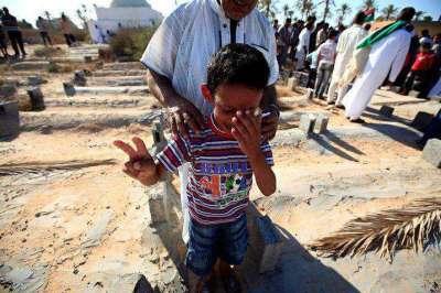 قتل جماعي للاطفال من انصار القذافي في مسقط رأسه بمدينة سرت والحكومة الليبية تلتزم الصمت