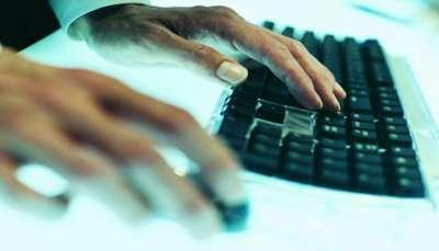 الإعلام العربي: تراجع للصحافة المطبوعة وصعود للإعلام الرقمي