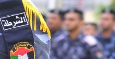 فلسطينية تتقدم ببلاغ ضد زوجها بسبب لون ملابسه الداخلية