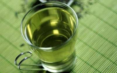 الشاي والتوت وقاية من الاعصاب