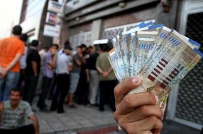 رواتب موظفي حكومة غزة الثلاثاء