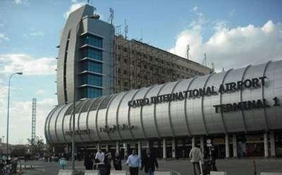 طوارئ بمطار القاهرة بعد تهديد بتفجير طائرة