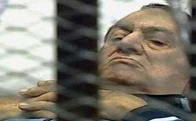 واشنطن بوست:مبارك يتجه نحو البراءة بعد خروج ضباطه