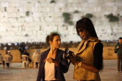 صور عارضة الأزياء العالمية نعومي كامبل خلال زيارتها لفلسطين