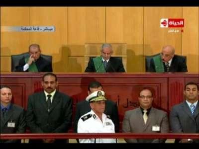 الحكم بالمؤبد على مبارك والعادلي في قضية قتل المتظاهرين والبراءة في قضايا الفساد وبراءة علاء وجمال مبارك