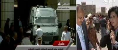 مبارك يبكى ويرفض دخول سجن طرة: حسبي الله ونعم الوكيل .. انا خدمت البلد ديه