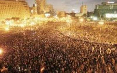 متظاهرو التحرير أنقذوا فتاة من الاغتصاب