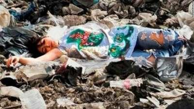 """ممثلة مغربية تستلقي وسط مزبلة احتجاجا على """"الفن النظيف"""""""