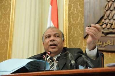 المحكمة الدستورية تحل مجلس الشعب كاملا وتقضي باستمرار شفيق في سباق الرئاسة