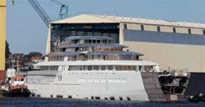 بناء أكبر يخت في العالم يُعتقد أن مالكه الوليد بن طلال
