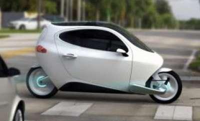 سيارة بمواصفات الدراجة النارية