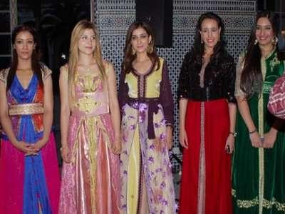 فتيات يتنافسن على لقب ملكة جمال حب الملوك بالمغرب