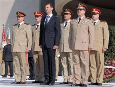 من هو السكرتير الذي جنّده الجيش الحر لاغتيال خلية الأزمة .. خبراء روس: الانفجار تم بضغطة زر من السفارة الامريكية او التركية