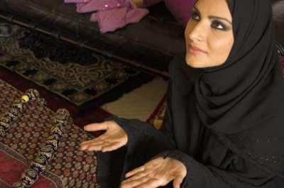 """حكم صيام يوم """"الشك"""" .. خطأ تقدير هلال رمضان في الميزان الشرعي"""