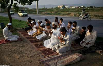 أجـواء رمضانية من حـول العـالـم