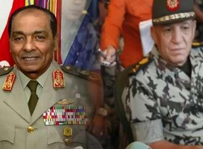 الرئيس المصري يحيل طنطاوي وعنان إلى التقاعد