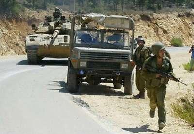 الجيش الإسرائيلي : سنتحرك نحو سيناء لملاحقة الإرهابين الذين أطلقوا الصواريخ علي إيلات
