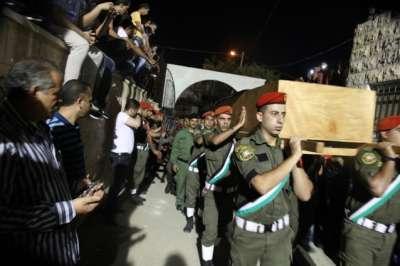 قيادة الأمن الوطني شيعت جثمان الشهيد العقيد هشام الرخ في محافظة جنين بموكب عسكري