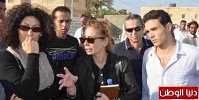 بالصور .. تشييع جثمان الفنان احمد رمزي بحضور فنان واحد فقط