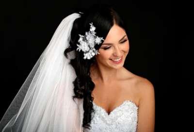 تسريحات متنوعة ليوم زفافك 9998345863.jpg