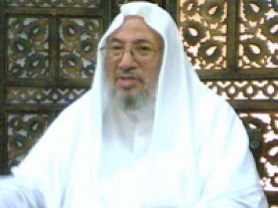 كاتب سعودي :القرضاوي مثل ابن سبأ فلا تنخدعوا بفتاويه ضد إيران