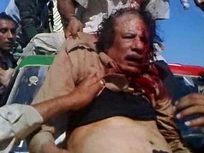 كيف كانت ساعات القذافي الأخيرة ؟