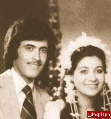 صورة نادرة لكاظم الساهر مع زوجته يوم زفافه