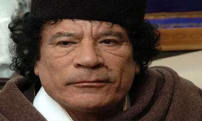 القذافي قضى أيامه الأخيرة بين الصلاة والقرآن