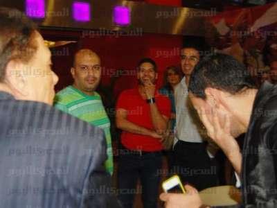 """بالصور:عادل إمام يصفع رامز جلال على وجهه في العرض الخاص لـ""""برتيتا"""""""