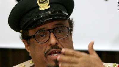 ضاحي خلفان يهاجم الرئيس مرسي والمرشد.. ويؤكد هناك ثورة على الإخوان قريباً