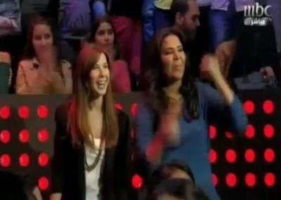 """بالفيديو:نانسي عجرم و أحلام و منى زكي ضمن جمهور برنامج""""The voice"""""""