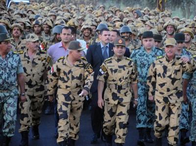 الجيش يفاجئ مرسي بقرار سيادي يمنع تمليك العقارات والاراضي في سيناء لغير المصريين