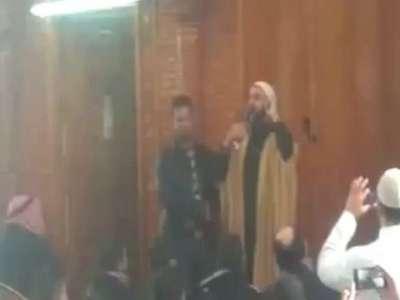 مسيحي يشهر إسلامه في غزة .. فيديو
