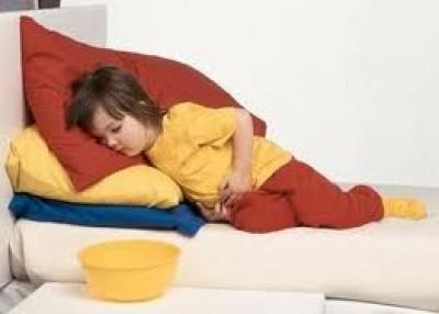 آلام المعدة الأطفال 9998371685.jpg