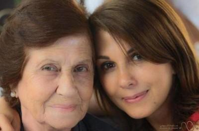 عايدت ماجدة الرومي والدتها