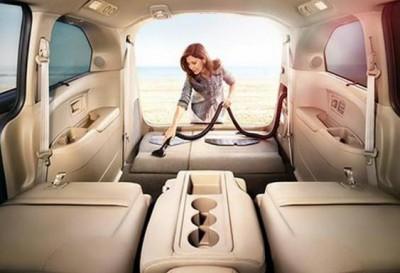 سيّارة تنظّف نفسها ذاتياً