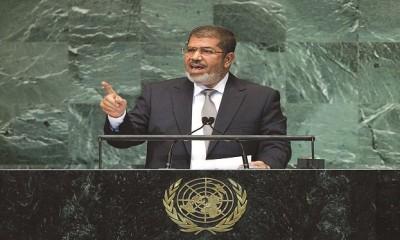 مبارك يطارد مرسي في الخرطوم