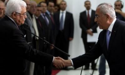 رسمياً .. فياض يقدم استقالته والرئيس عباس يقبلها